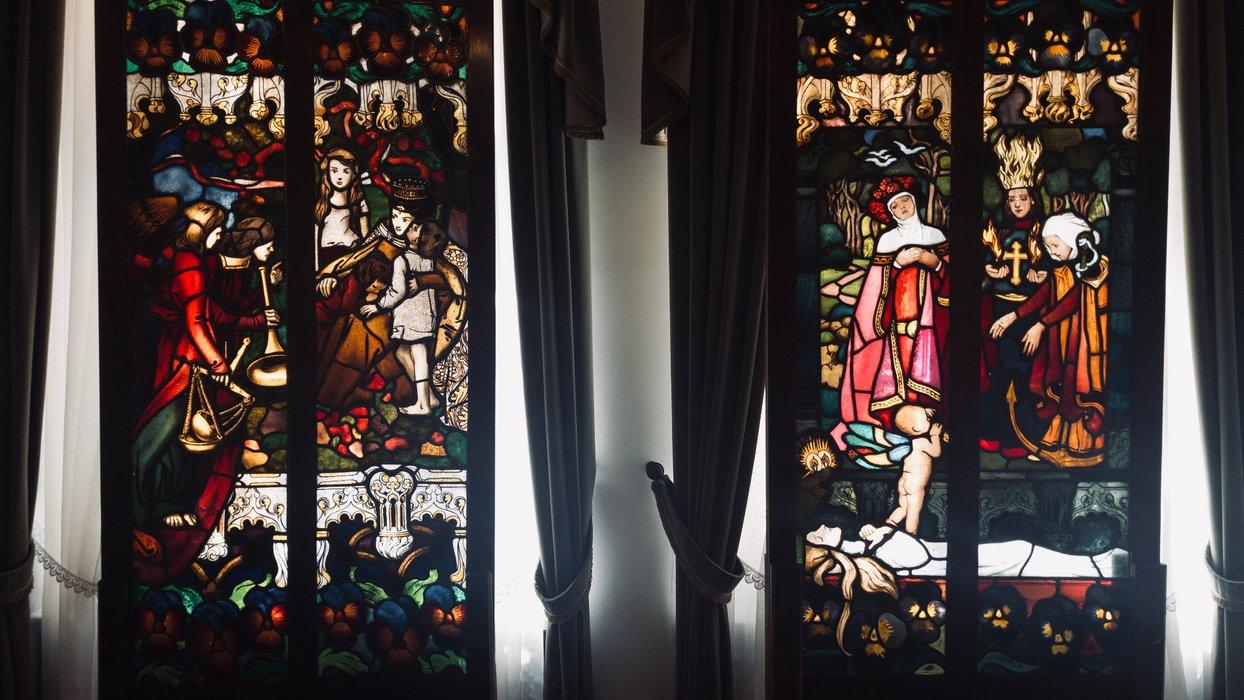 Witraże w buduarze / Stained glass windows in the boudoir