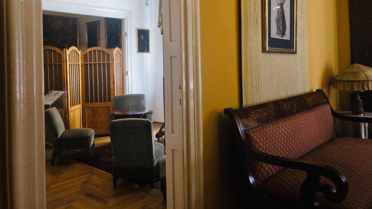 Salonik i buduar / The lounge and boudoir