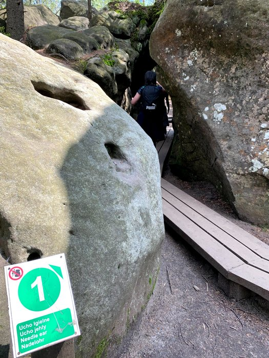 Ucho Igielne (przed schroniskiem i wejściem do labiryntu)