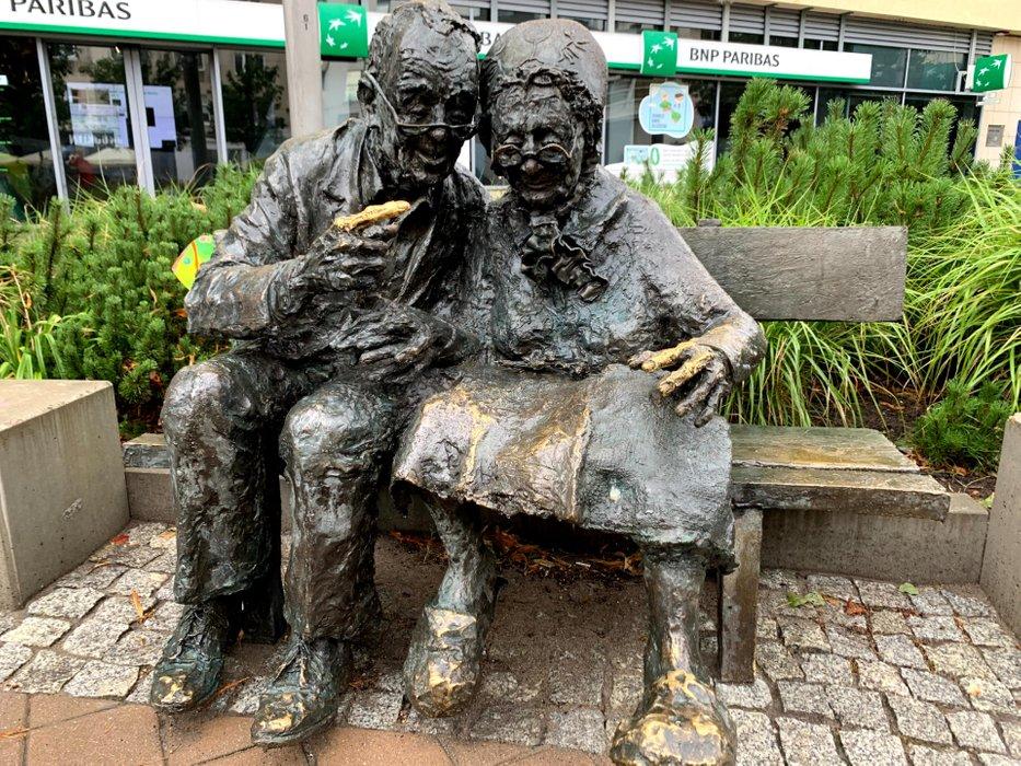 Pomnik pary Kaszubów, ul. Portowa