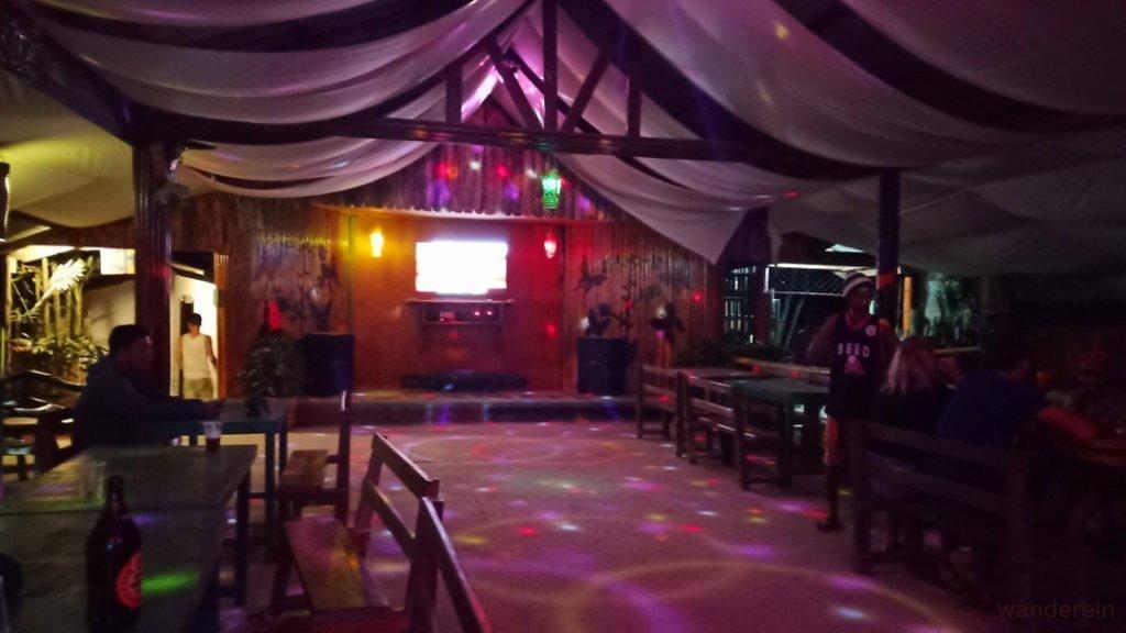 7170 Karaoke, Port Barton
