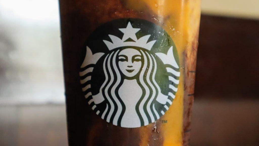 LUCUMA DRINK - Starbucks in Peru 🇵🇪