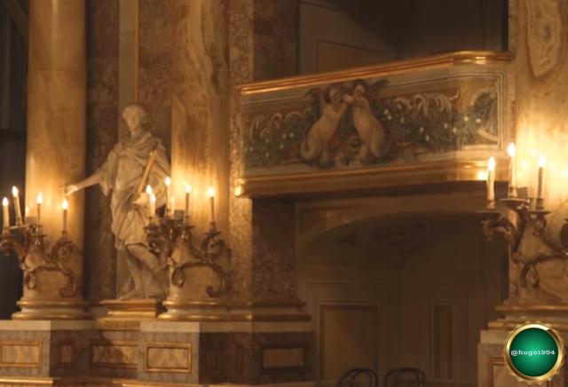01.-Reggia-di-Caserta-interior-detalles.png