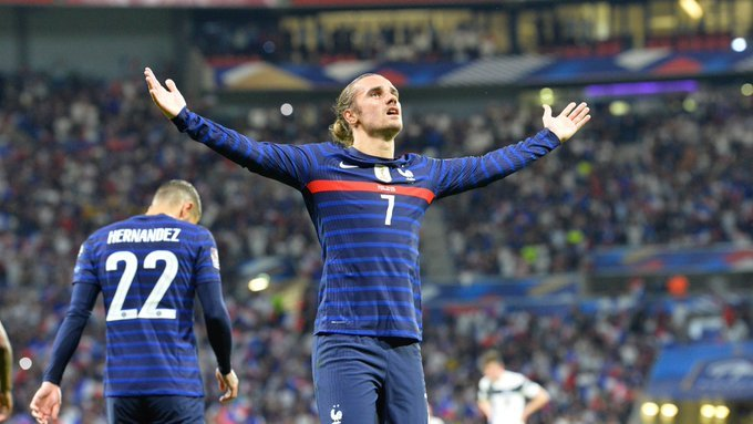 52.-Eliminatorias-eurpeas-Qatar2022-07092021-Francia-Griezman.jpg