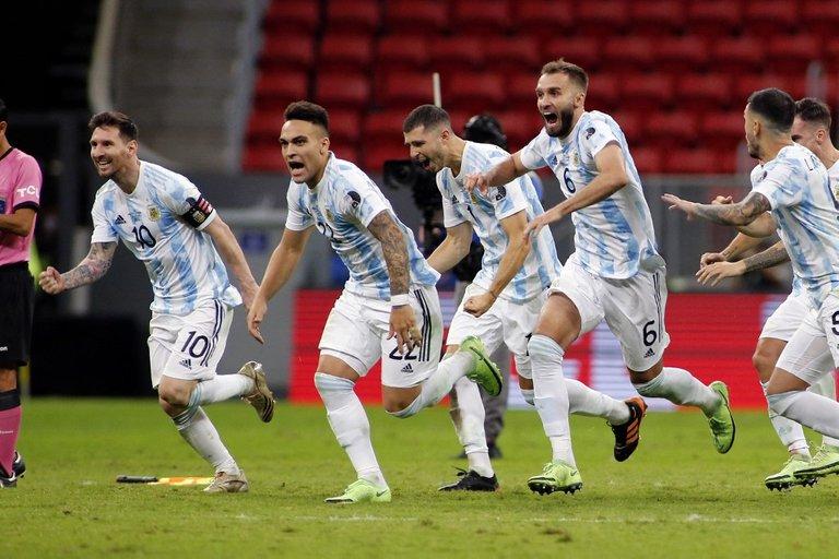 26.-Copa-America-2021-semifinales-Argentina-pasa-por-penales-3.jpg