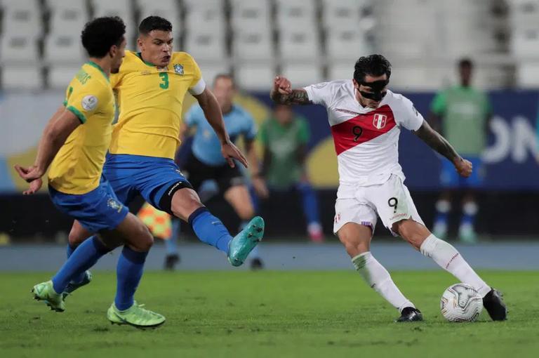 25.-Copa-America-2021-semifinales-Brasil1-Peru0-1.png