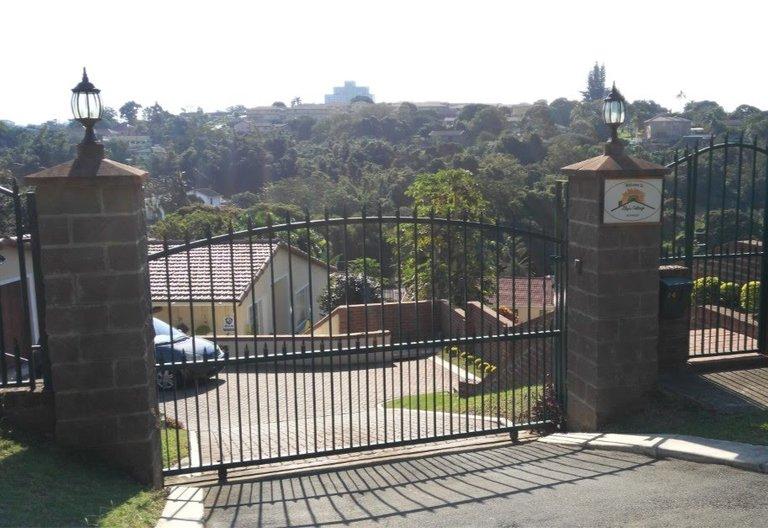 Gate entrance S.jpg