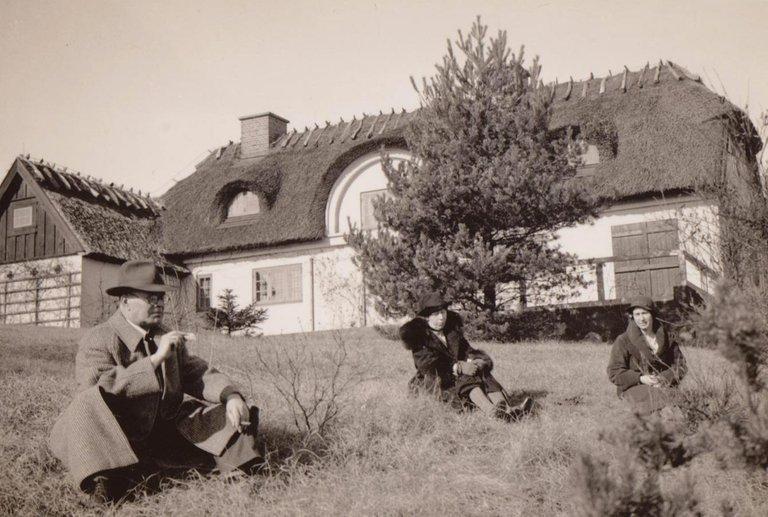 Grandparents1932.jpg
