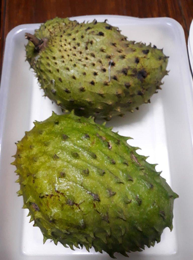 fruits guayabano.jpg