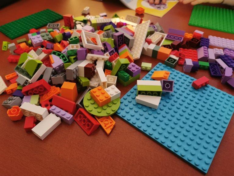 Lego House 1.jpg