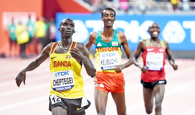 Joshua-Cheptegei-10000m-Doha-2019-by-Mark-Shearman.jpg