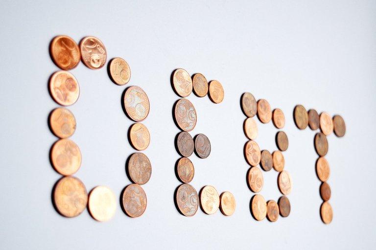 debt-2754176_960_720.jpg