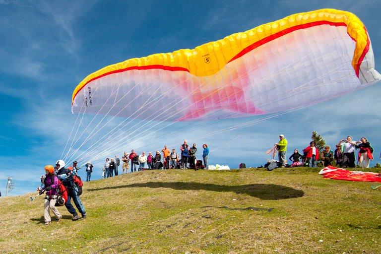 paragliding-start-05.jpg