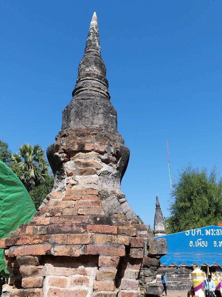 Phrathat Bangpuan6.jpg