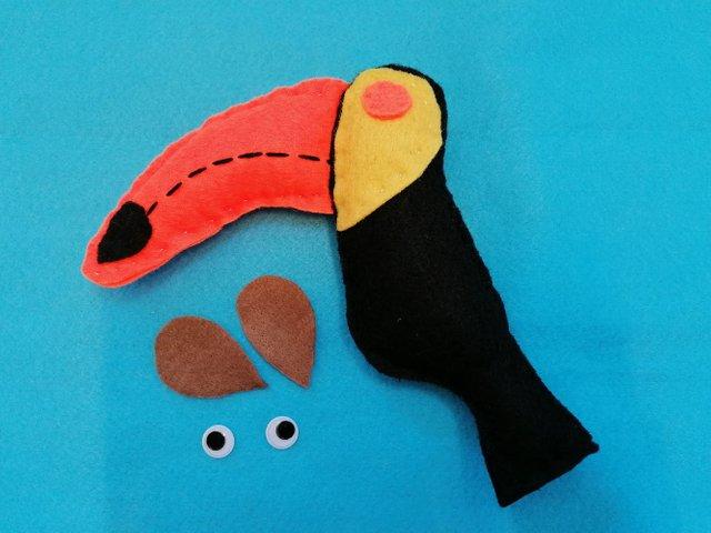 craft-toucans-doll (23).jpg