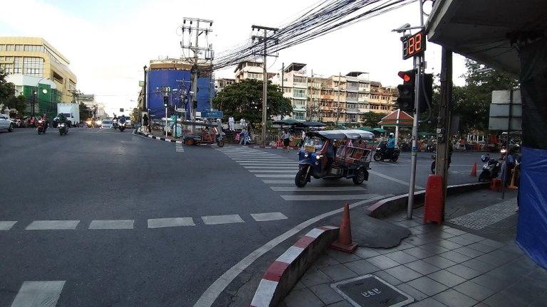 dusit_temples_bangkok_spet_2020_284.jpg