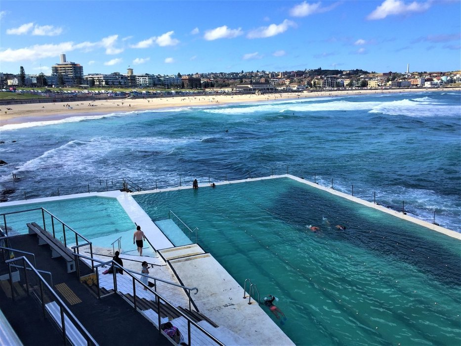 If you go swimming, you have a great view from the pool on the Bondi Beach - one of the most popular beaches in Australia.