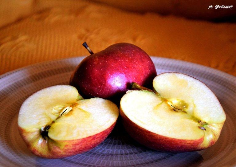 A apples.jpg