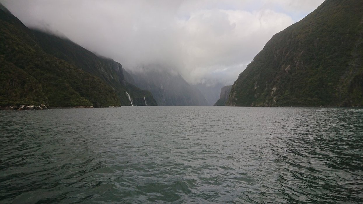 On the way back from the mouth of the fjord, we see some bigger waterfalls...