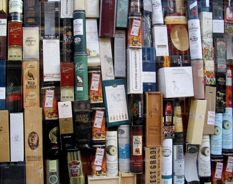 whiskey1564354.jpg