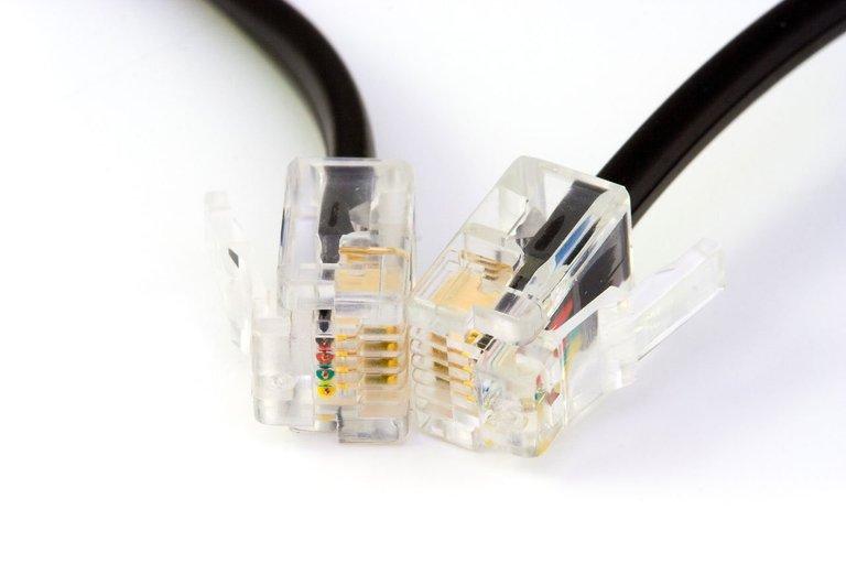 technology-cable-internet-phone-telephone-lighting-1159960-pxhere.com.jpg