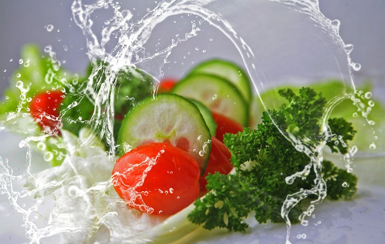 eat-2834549_1920.jpg