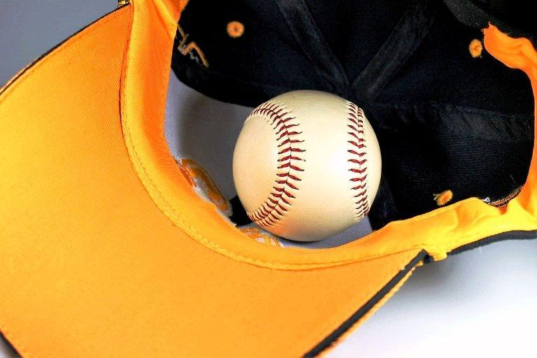 baseball-5375817_1280.jpg