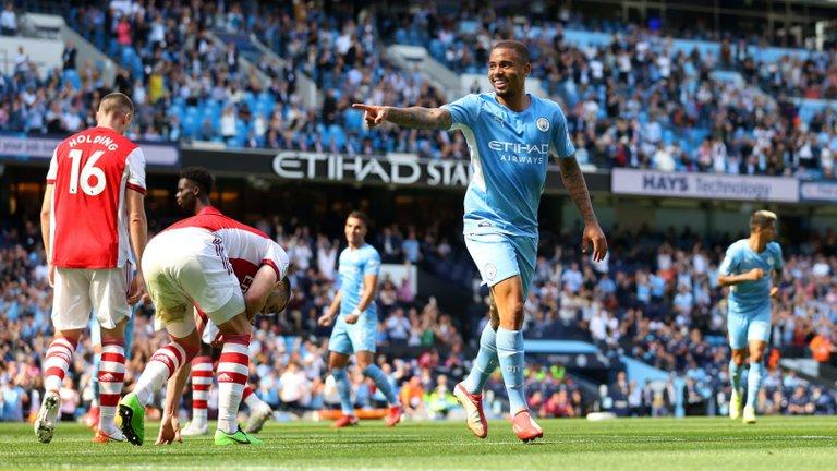 Manchester-City-v-Arsenal---Premier-League-d3063b28e549858c4124f6d5dcc1c618.jpg