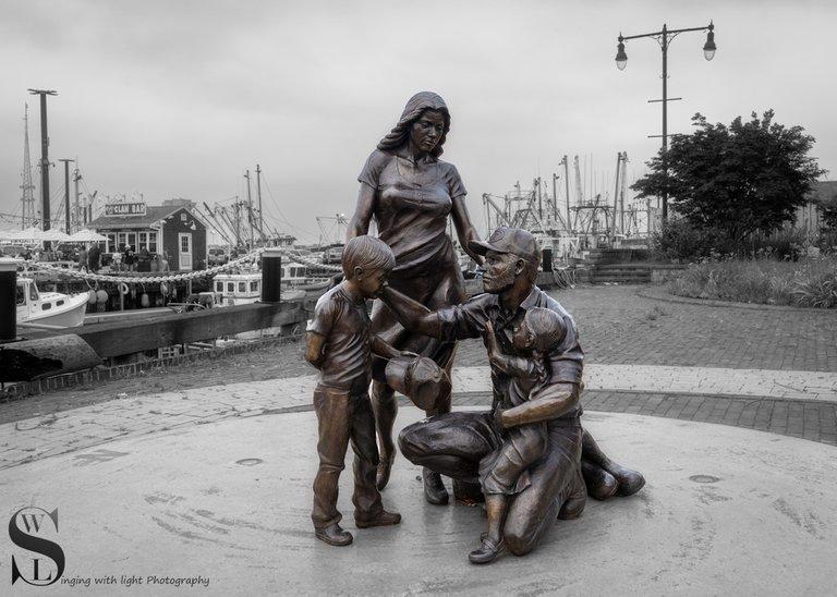 fishermans memorial_-2.jpg