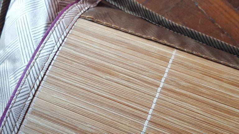 WoodenNeckPillow4.jpg