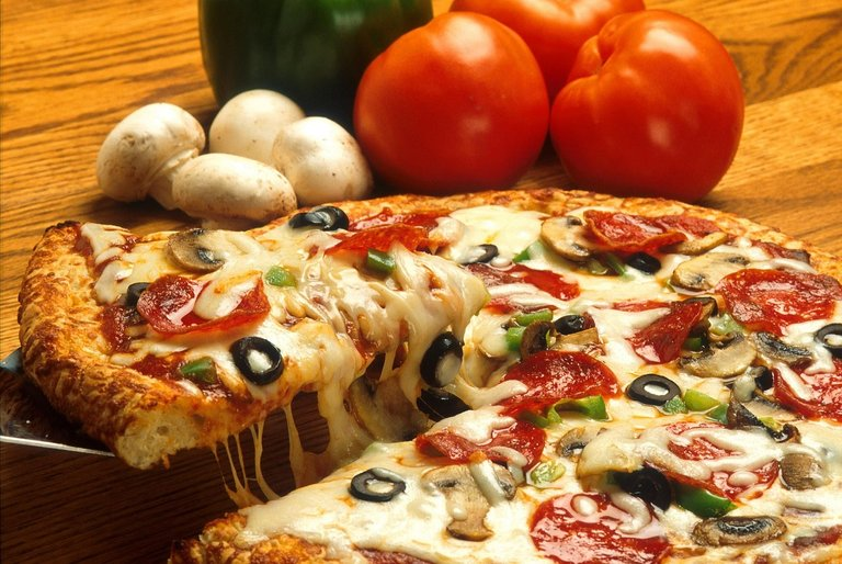 pizza386717_1280.jpg