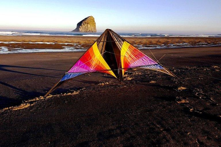 kite5996267_1280.jpg