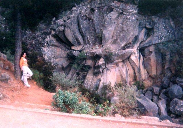 Piedra de La Rosa.jpg