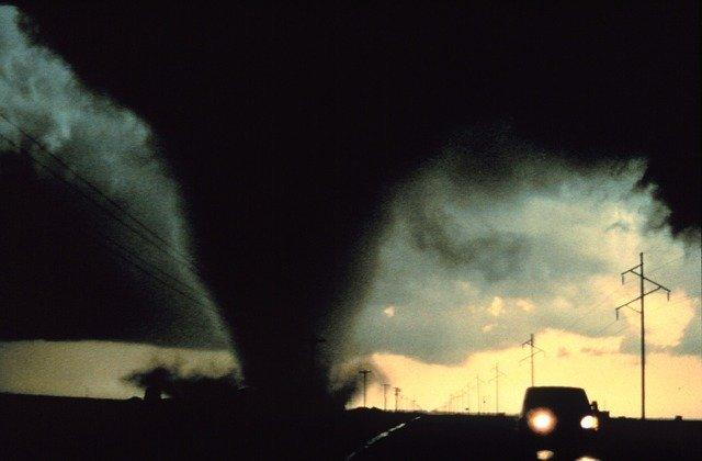 tornado541911_640.jpg