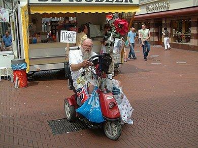 https://nl.wikipedia.org/wiki/Arnol_Kox