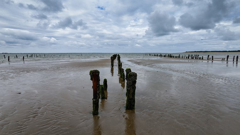 La Rochelle Coast