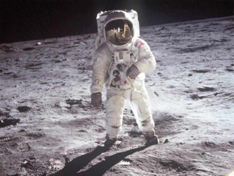 Aldrin on the moon NASA free.jpg