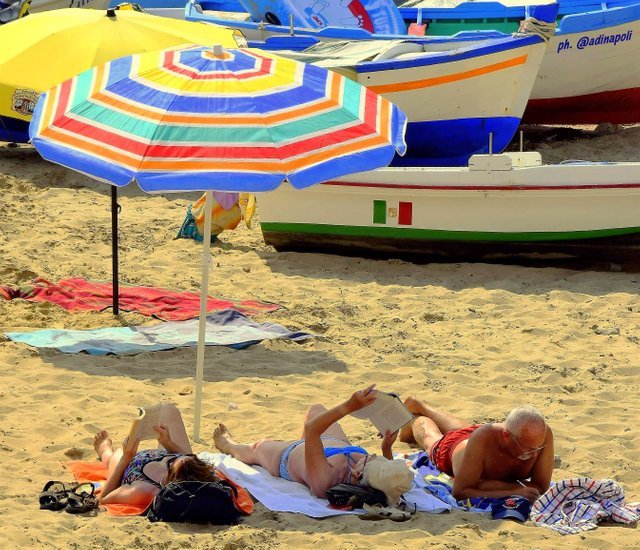0025.b.adinapoli.umbrella.jpg