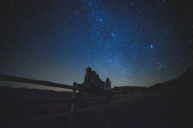 stargazing1149228_960_720.jpg