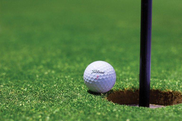 golf-1284012_1280.jpg