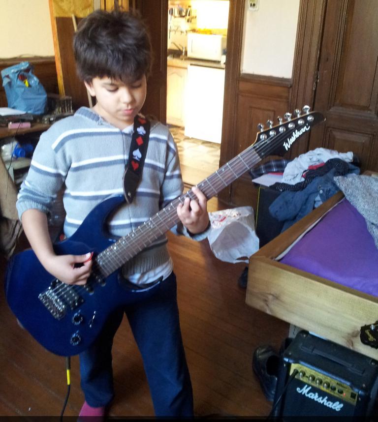 dan on guitar.png