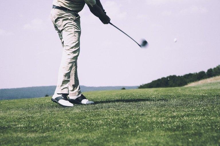 golf-1486354_1280.jpg