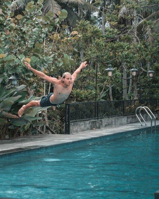 flying pool
