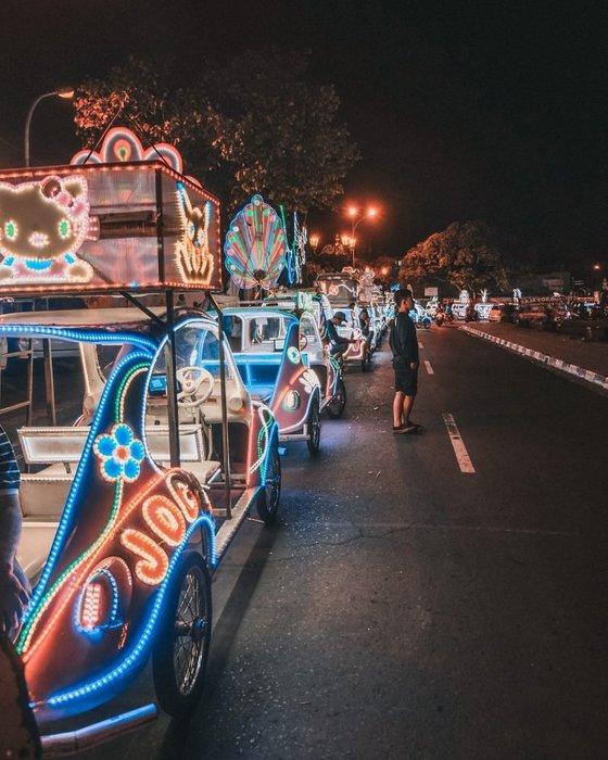 bling bling cars alun alun yogyakarta