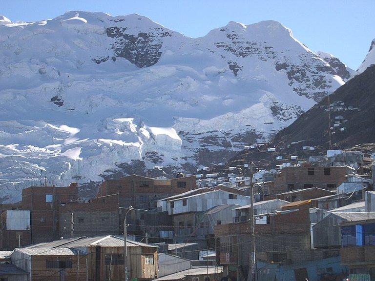 800px-La_Rinconada_Peru.jpg