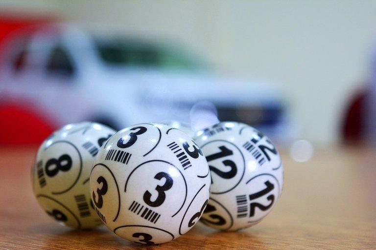 lottery-3846567_960_720.jpg