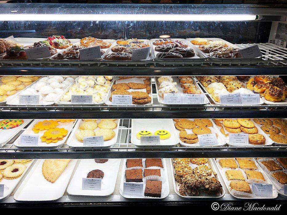 Bake shoppe Cookies.jpg