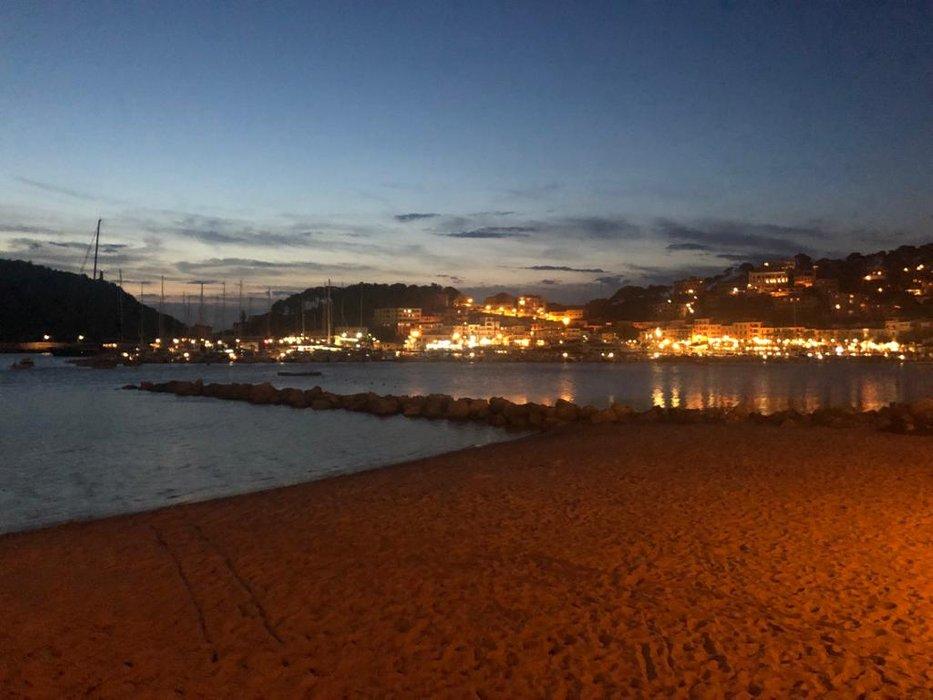Hafen bei Nacht 2.jpg