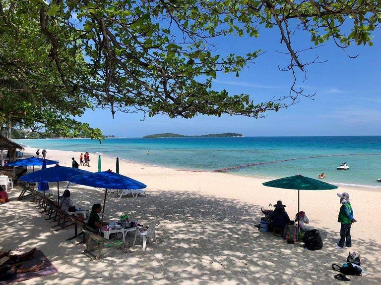 pattaya_beach_oct_2020_704.jpeg