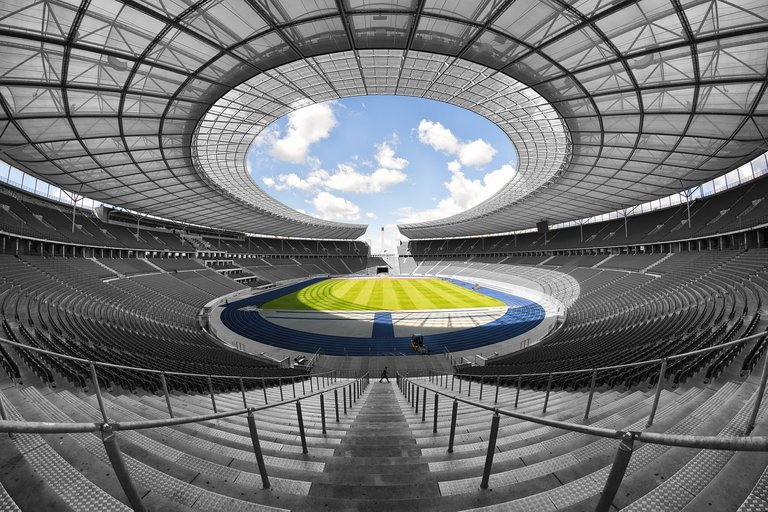 olympic-stadium-1590576_1280.jpg